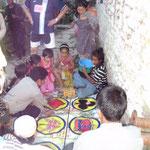 Glücksspiel der Kinder in Nepal