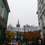 zuerst gehts durch die Altstadt