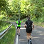 Erwin Bittel zieht vorbei (km 9)