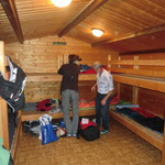 die Blockhütte wird bezogen