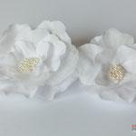 Свадебная повязка на голову. Съемные цветы с застежкой. Сделано на заказ.