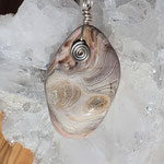 Rosa Botswana - Achat auf Silber, 50 x 29 x 14mm, 18gr.     €28     Beidseitig zu tragen!!