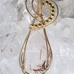 Rutilquarz, Hohe Tauern, Österreich, handgeschliffen auf 14K Goldfilled Draht, Silberperlen, vergoldet, 51 x 15 x 6mm      €85