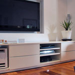 TV unit with Woofa