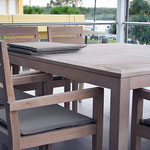 1.5 table & Chairs