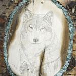 4.003 Wolf auf Mammutelfenbein