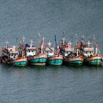 5.038 Koh Pangan, Thailand, Boat People