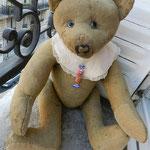 Réparation des poupées et des ours en peluche