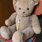 Réparer les poupées et les ours