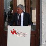 Eröffnung der Ausstellung durch den Präsidenten der Ludwig-Maximilians-Universität München, Professor Bernd Huber