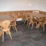 Eckbank und Tisch aus Buche