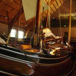 Belle collection d'anciens navires de travail ou de plaisance