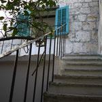 Außentreppe zu den Terrassen und zum 1. OG