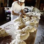 Musée de plein air de Cuzals : Apprendre à faire le pain à l'ancienne
