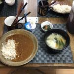 6月12日土曜日、Ohana朝食「キーマカレーライス、野菜たっぷりのワンタンスープ(チンゲン菜、もやし、人参)、ほうれん草のおひたし、ヨーグルト」