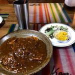 6月2日日曜日、Ohana夕食「ポークカレー、カリフラワーカレーピクルス、もやし甘酢漬け、シーザーサラダ、ヨーグルト」