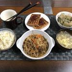 8月29日日曜日、Ohana夕食「プルコギ、茄子とゴーヤの味噌だし炒め、中華スープ、ワッフル」