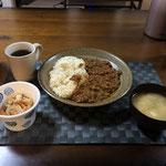 4月5日日曜日、Ohana夕食「キーマカレ、切り干し大根、みそ汁(とうふ、ねぎ)」