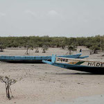 Sénégal - Pirogues sur le sable