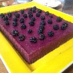 Brownie de betterave rouge par Juliette Addesso naturopathe en Ardèche stage bien être au gite de la Gorre à louer