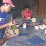 Handicraft-tour: Fabrication of Handicraft-Articles