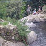 Über einem Wasserfall - above a waterfall