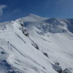 前十勝山頂から見た十勝岳