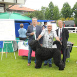 Toni und Eckhard mit dem Richter Hr. Ruck aus Österreich sowie dem Austellungsleiter in Paaren Glien Hr. Bormann