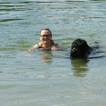 Christine und Missuri die Meisterschwimmerin 😀 😀