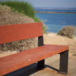 Sitzbänke laden zum Verweilen ein