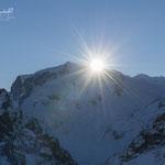 Die ersten Sonnenstrahlen über der Monte Rosa (Dufourspitze)