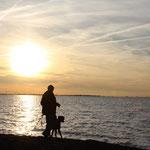 Hunter und KP beim Sonnenuntergang