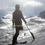 Ski fahren mit Krückenski