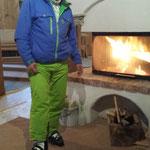 Andreas, der 1. mit Skischuhen im neuen Almrausch!
