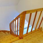 Die renovierte Treppe ohne 20 Farbschichten