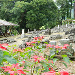 パハラ墓地 改修工事