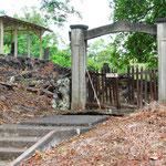 ハワイ日蓮宗はじまりの地 パハラ地区の墓地入り口