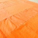 お袈裟を一からつくってみました 布を染めて縫い合わせる作業