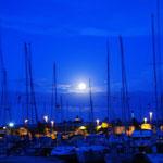 Mond über Faaborg