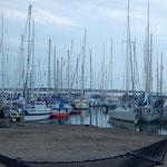 Gut gefüllter Hafen