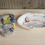 「海から来た友達たち」 油彩 貝と小石 2015