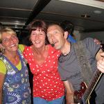 Muziekmaken op de rondvaartboot Claes Horn.