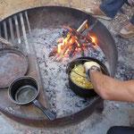 Am Aelplermagronen kochen