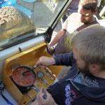 Kangaroo Island - Cedric am Chili Con Carne kochen