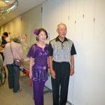 マーブルフェスタ:今年初登場の、病棟師長と患者さんのペアで社交ダンス