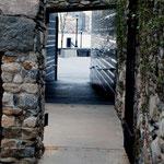 Irish Famine Memorial, West side