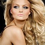Причёска с ПОЛУ-ПАРИКОМ - причёска с постижем, золотистый блонд волосы с лёгкой волной