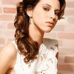 Причёска с ЛОКОНОМ - имитацией - причёска с постижем, золотисто-русый