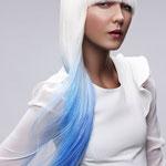 Причёска с ПРЯДКАМИ color на заколках - причёска с постижем, голубые оттенки