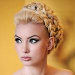 Причёска с КОСОЙ на резинке - причёска с постижем, золотистый блонд